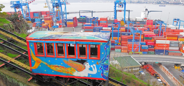 Passenger carriage of funicular railway
