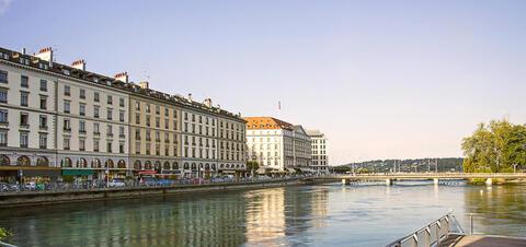 Geneva embankment in Summer