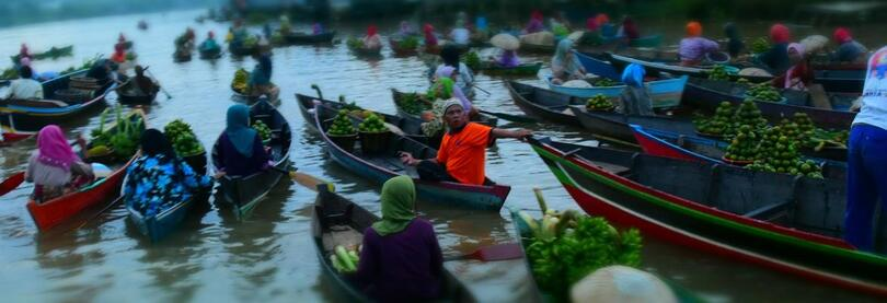 A floating market in Borneo