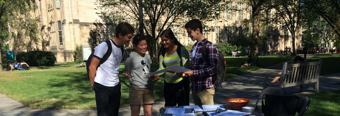 Former outreach coordinators share study abroad information on Cross Campus